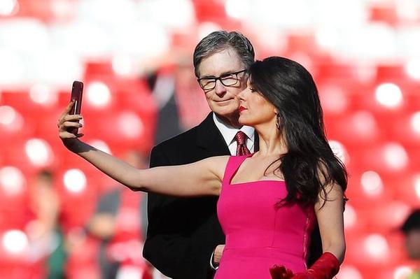 Sahadaki esmer güzeli Liverpool'un sahibi John Henry'nin eşi çıktı! - Sayfa 3
