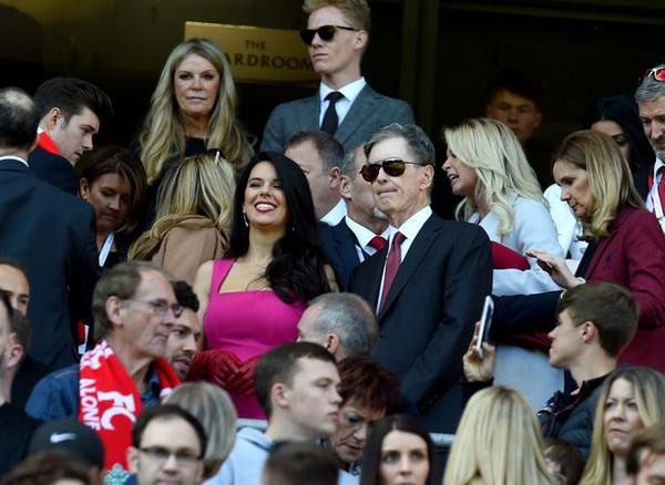 Sahadaki esmer güzeli Liverpool'un sahibi John Henry'nin eşi çıktı! - Sayfa 13