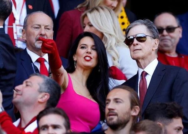 Sahadaki esmer güzeli Liverpool'un sahibi John Henry'nin eşi çıktı! - Sayfa 14