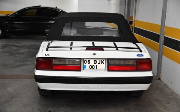 Devlet Bahçeli klasik Mustang aracını Baki Ersoy'a hediye etti - Sayfa 5