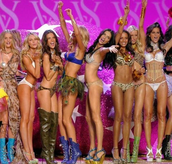 İzlenme rekorları kırıyordu! Victoria's Secret televizyon şovlarına son veriyor! - Sayfa 10