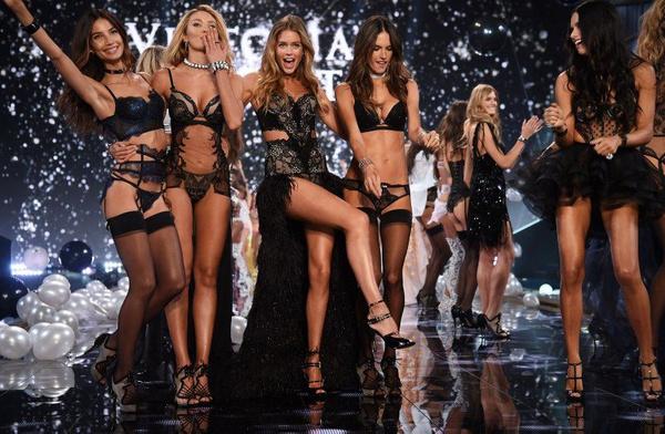 İzlenme rekorları kırıyordu! Victoria's Secret televizyon şovlarına son veriyor! - Sayfa 13