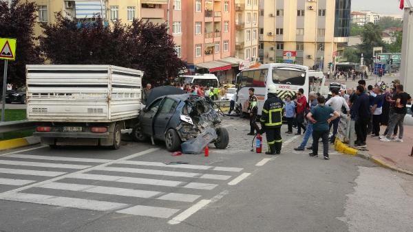 Kocaeli'de midibüsün freni boşaldı 11 araç birbirine girdi - Sayfa 9