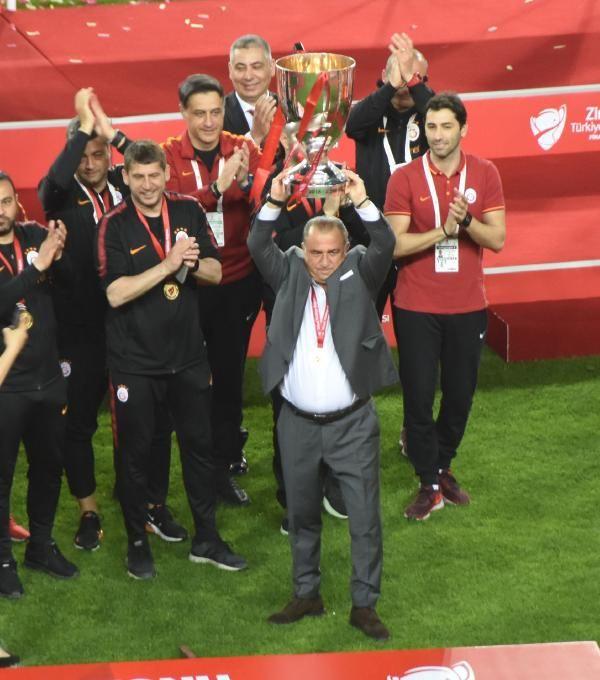 Ziraat Türkiye Kupası şampiyonu Galatasaray kupasını aldı - Sayfa 5