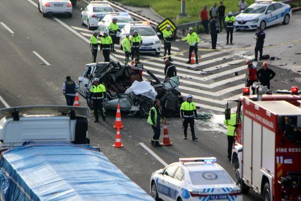 Bolu'da TIR'a çarpan lüks araç hurdaya döndü 1 ölü 1 yaralı - Sayfa 11