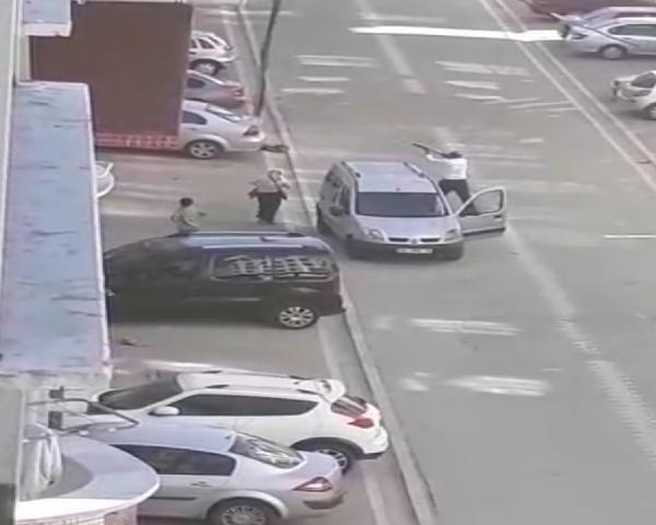 İstanbul Esenyurt'ta öfkeli adam genç kıza dehşeti yaşattı - Sayfa 10