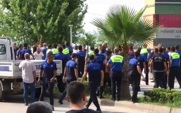 Adana'da zabıtaya saldırıya polis müdahalesi - Sayfa 3