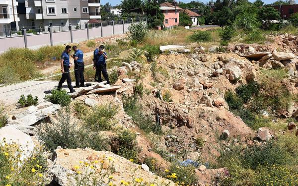 Antalya'da hafriyat çukurunda şüpheli ölüm - Sayfa 6