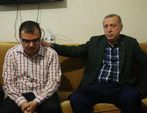 Cumhurbaşkanı Erdoğan bayram ziyareti yaptı gönülleri fethetti - Sayfa 5