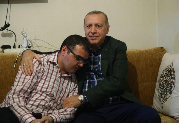 Cumhurbaşkanı Erdoğan bayram ziyareti yaptı gönülleri fethetti - Sayfa 7