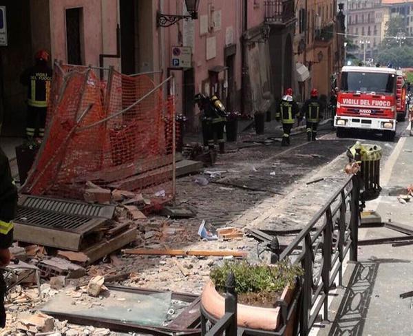İtalya'da gaz patlaması Belediye başkanı ve 8 kişi yaralandı - Sayfa 6