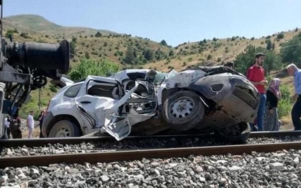 Elazığ'da tren kazası 1 ölü 2 yaralı - Sayfa 2