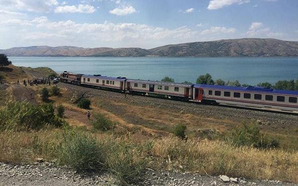 Elazığ'da tren kazası 1 ölü 2 yaralı - Sayfa 7
