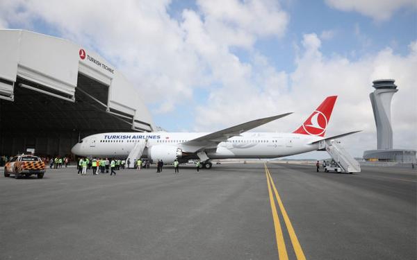 THY'nin ilk rüya uçağı Boeing 787-9 Dreamliner İstanbul'a iniş yaptı - Sayfa 3