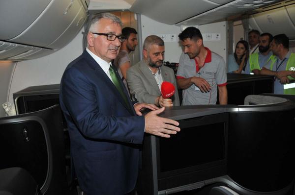 THY'nin ilk rüya uçağı Boeing 787-9 Dreamliner İstanbul'a iniş yaptı - Sayfa 7