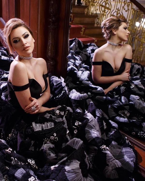 O Ses Türkiye'nin jürisi ve ünlü şarkıcı Hadise'den hayranlarını mest eden bikinili fotoğraf - Sayfa 7