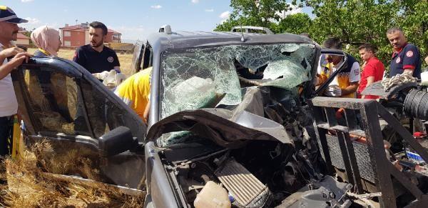 Hafif ticari araç traktörle çarpıştı: 2 ölü, 1 yaralı - Sayfa 2