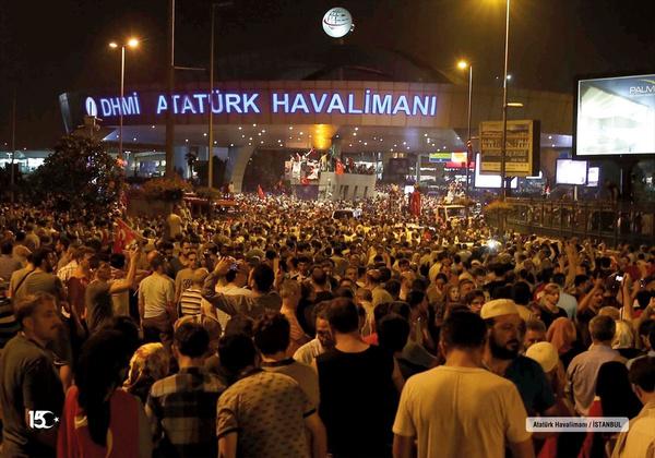 15 Temmuz gecesi Erdoğan´ın havalimanında alnından öptüğü Ahmet Onay konuştu - Sayfa 10