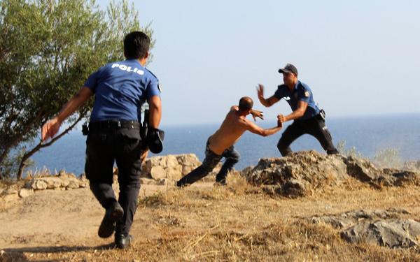 Antalya'da falezlerde intihar girişimi - Sayfa 3