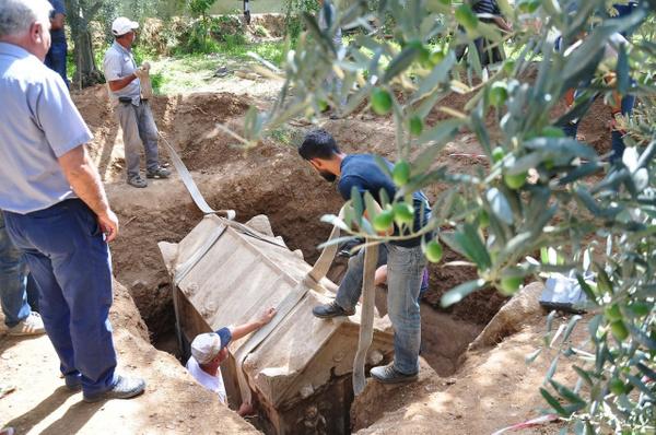 Bursa İznik'te pişmiş topraktan mezar ortaya çıktı - Sayfa 3