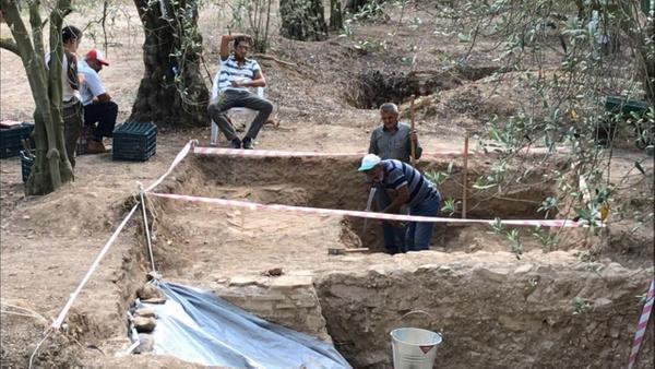 Bursa İznik'te pişmiş topraktan mezar ortaya çıktı - Sayfa 2