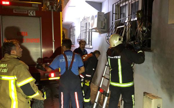 Bursa'da cinayet zanlısının evine molotoflu saldırı - Sayfa 5