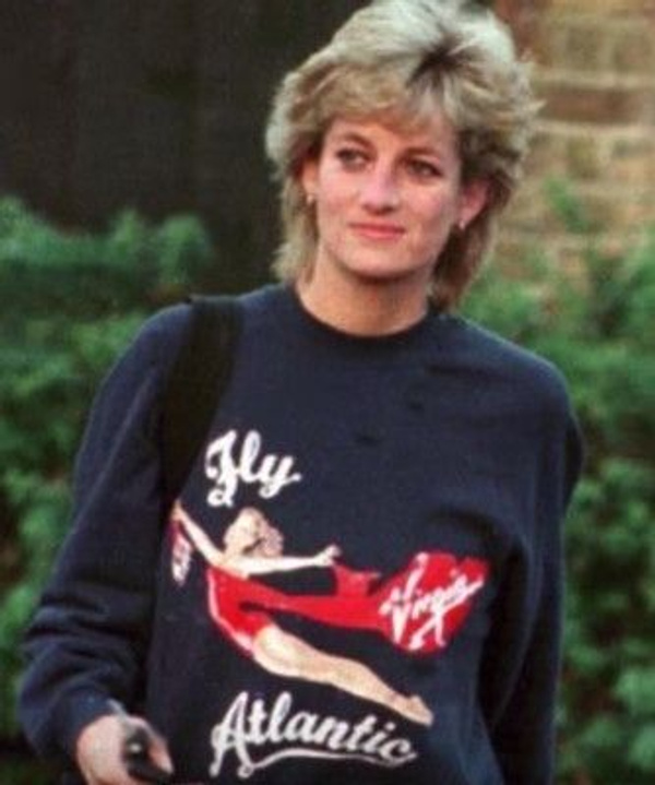 Prenses Diana'nın sweatshirt'ü rekor paraya satıldı - Sayfa 2