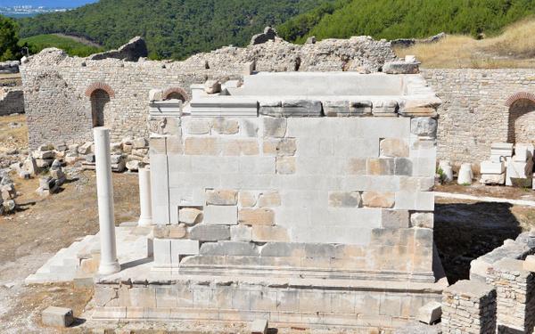 Antalya'da tarihi antik kente fırtına vurdu! Skandal restorasyon hatası ortaya çıktı - Sayfa 6