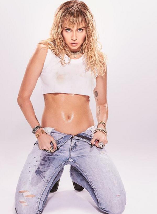 Miley Cyrus'ın cinsellik itirafı olay! Ünlü aktörle evli olmasına rağmen herkesi şaşırttı - Sayfa 8