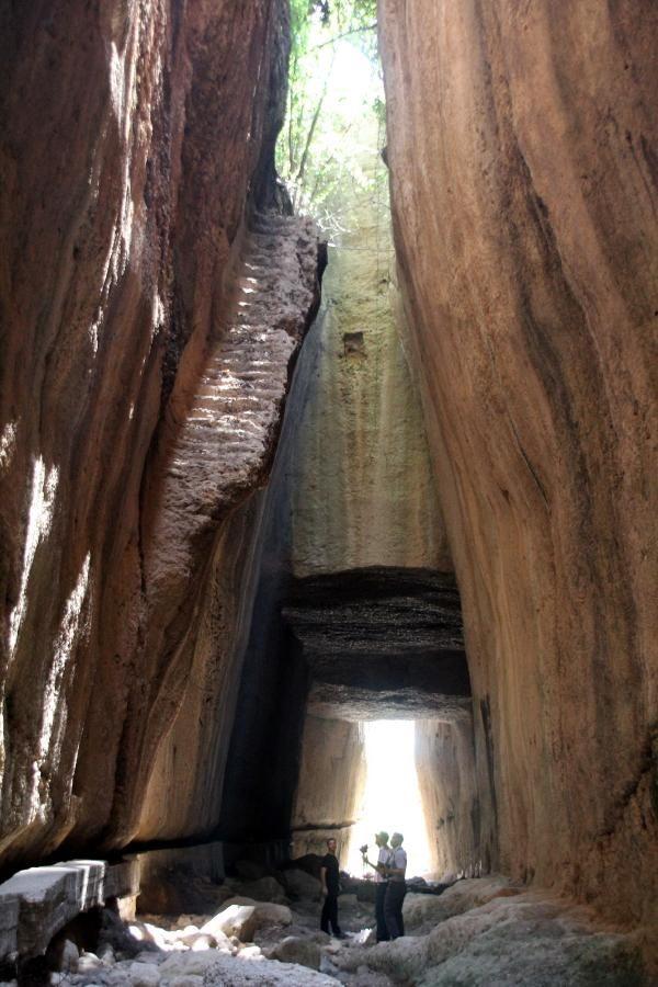 Dünyanın elle yapılan en büyük tüneli! Bin esire yaptırılmış - Sayfa 3