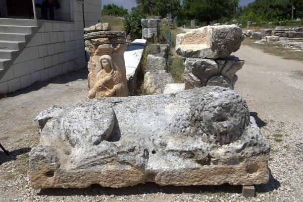 Diocaesarea Antik Kenti'nin dini merkezi Zeus'a adanan tapınak gün yüzüne çıkarılıyor! - Sayfa 1