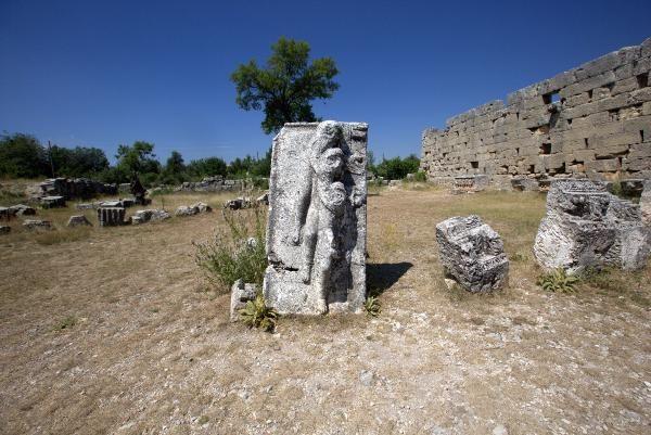 Diocaesarea Antik Kenti'nin dini merkezi Zeus'a adanan tapınak gün yüzüne çıkarılıyor! - Sayfa 9
