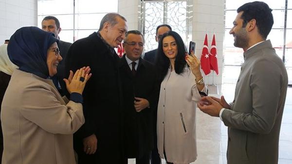 Kim Milyoner Olmak İster'in sunucusu Murat Yıldırım ve eşi Iman Elbani bebeklerini kaybetti - Sayfa 12
