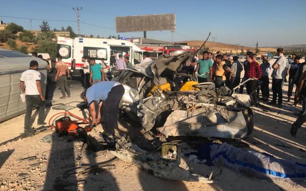 Gaziantep'te trafik kazası 3 ölü 12 yaralı - Sayfa 3
