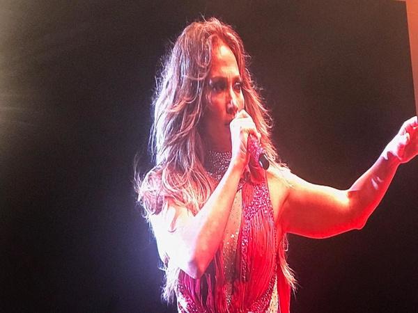 Jennifer Lopez Antalya'da fırtınalar estirdi! Kim Kardashian hayal kırıklığına uğrattı - Sayfa 4