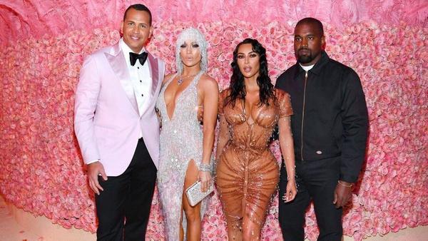 Jennifer Lopez Antalya'da fırtınalar estirdi! Kim Kardashian hayal kırıklığına uğrattı - Sayfa 6