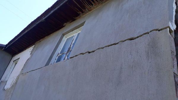 Denizli'de 6.0 büyüklüğünde deprem! Halk sokağa döküldü enkaz altında kalanlar var - Sayfa 3