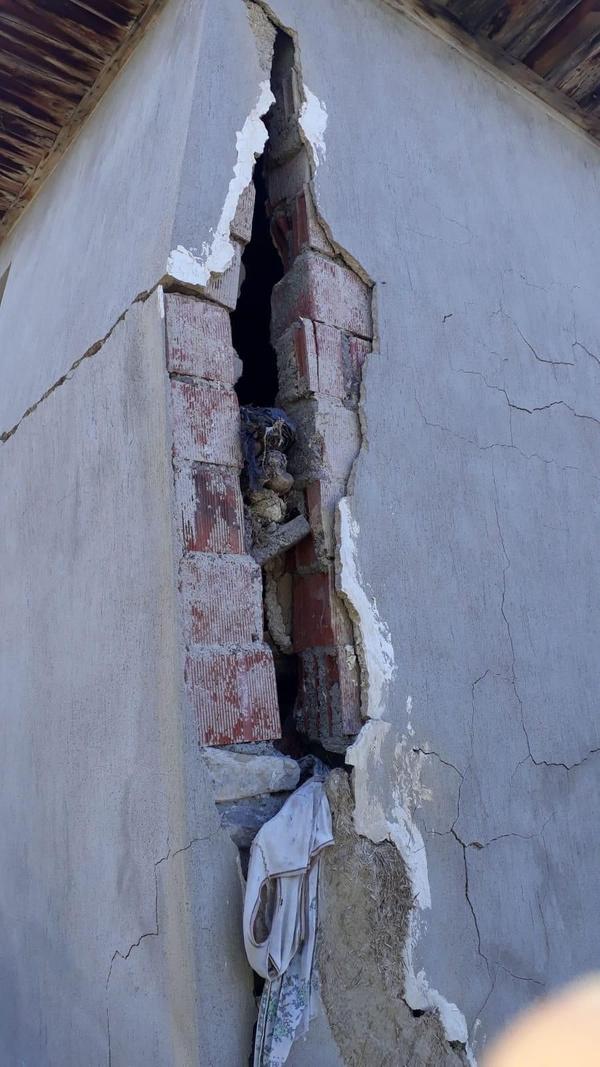 Denizli'de 6.0 büyüklüğünde deprem! Halk sokağa döküldü enkaz altında kalanlar var - Sayfa 7