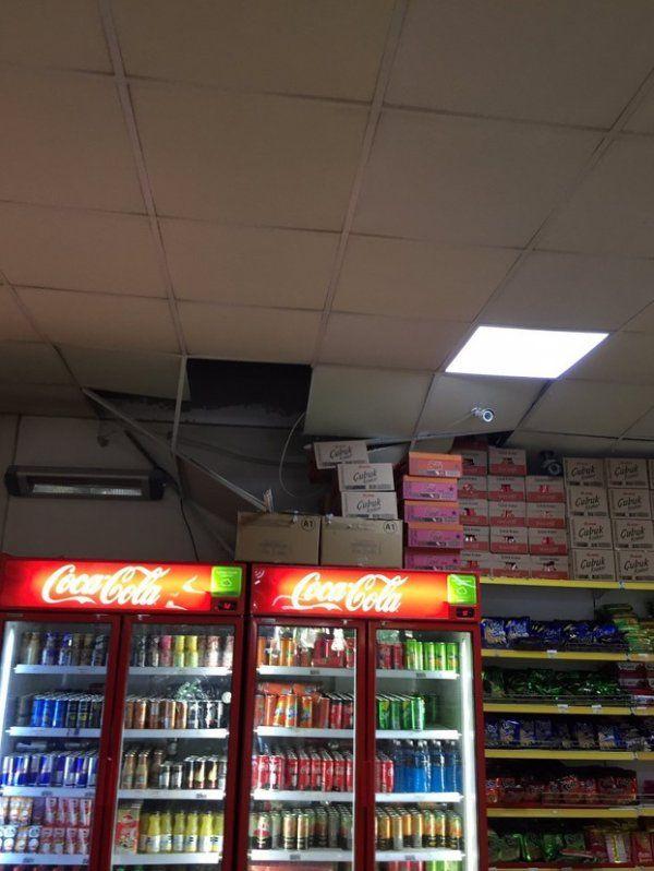 Denizli'de 6.0 büyüklüğünde deprem! Halk sokağa döküldü enkaz altında kalanlar var - Sayfa 15
