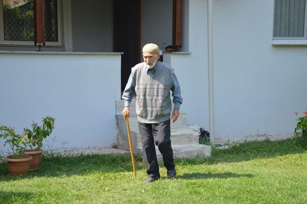 104 yaşında 18'lik delikanlı gibi! Gençlere taş çıkartıyor - Sayfa 6
