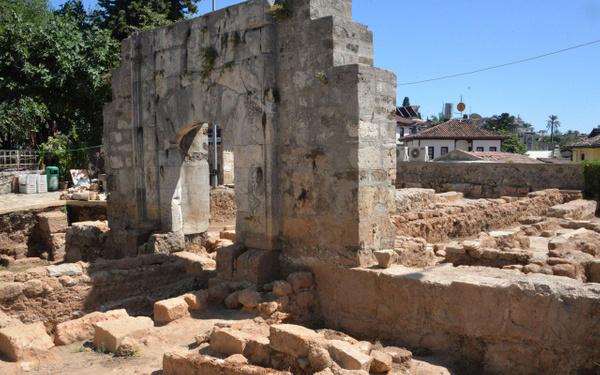 Antalya'da tarihi minarenin yanında ortaya çıktı tam 30 adet - Sayfa 3