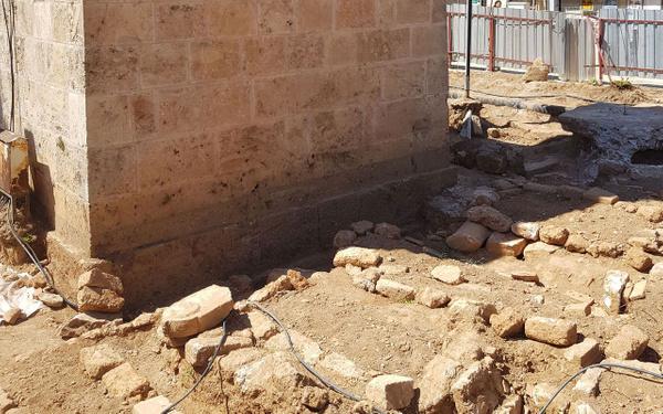 Antalya'da tarihi minarenin yanında ortaya çıktı tam 30 adet - Sayfa 4