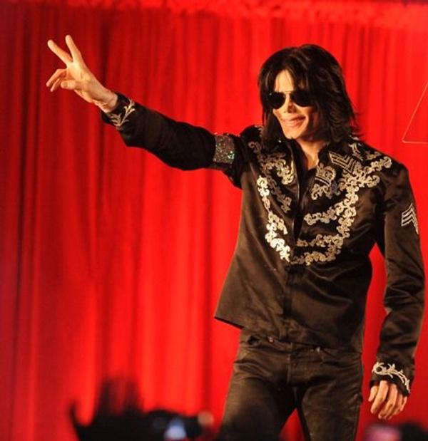 Michael Jackson'ın gizlenen otopsi raporu ortaya çıktı! Kelmiş peruk takıyormuş - Sayfa 9