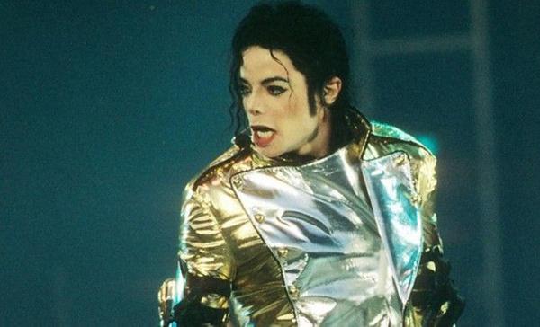 Michael Jackson'ın gizlenen otopsi raporu ortaya çıktı! Kelmiş peruk takıyormuş - Sayfa 11