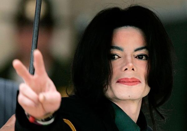Michael Jackson'ın gizlenen otopsi raporu ortaya çıktı! Kelmiş peruk takıyormuş - Sayfa 10