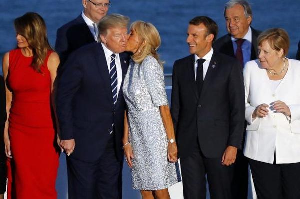 Macron'un eşinin Trump'ı öpmesi G-7 zirvesine damga vuran kareler - Sayfa 2