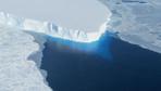 Antartika'da keşfedildi! 14 milyar ton buz sığabilir