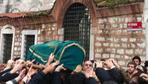 Enver Ören'in cenazesinde insan seli