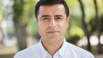 Selahattin Demirtaş 'Başkan Apo'nun heykelini dikeceğiz' sözleri için özeleştiri yaptı