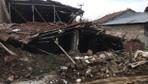 Denizli'de 5.5 büyüklüğündeki deprem 15 evi yıktı işte ilk görüntüler